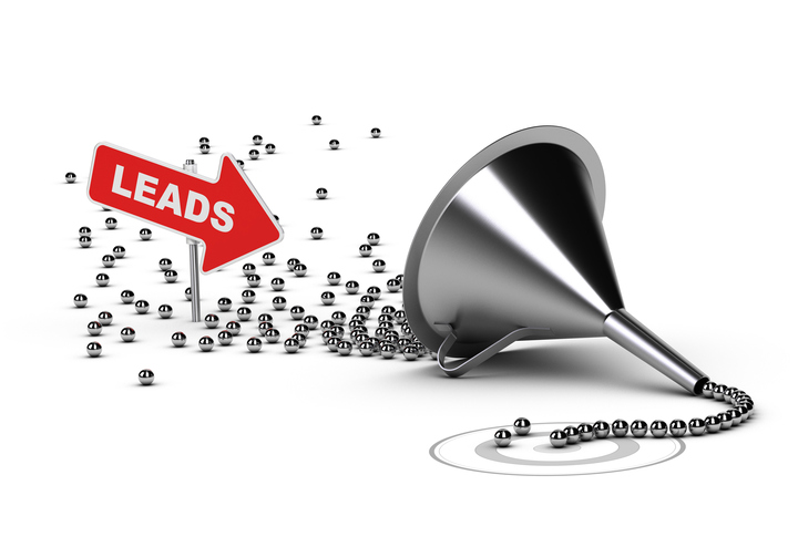 Performance-based live chat pricing charges per lead per month.